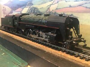 Lima S.N.C.F 2-8-2 class 141 locomotive. Boxed.