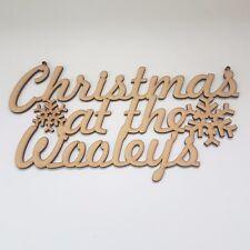 Il Natale a... Personalizzato Appeso segno in legno MDF PLACCA