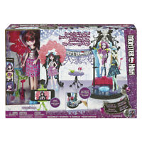 Monster High Dance Away Playset Draculaura Party with Draculaura Doll