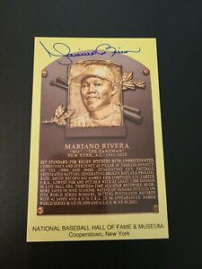 Mariano Rivera HOF 2019 YANKEES Autographed Yellow Baseball HOF Postcard RARE