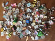 Gros lot plus d'une centaine de porte-clefs à trier anciens vintages collection