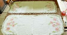 VINTAGE LOT OF 2 HAND EMBROIDERED TABLE RUNNERS 41'' X 18''