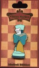 DSSH Alice in Wonderland Chess Mad Hatter LE 300 Disney Pin 118003