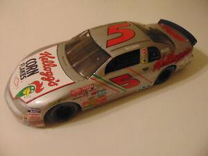 ERTL 1996 TERRY LABONTE #5 CHEVY MONTE CARLO IRON MAN KELLOGG'S NASCAR 1:18