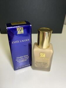 New Estee Lauder Double Wear Stay-in-Place Makeup Shade: 1W1 Bone Full Size 1oz