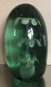 """GREEN VICTORIAN GLASS DUMP / PAPERWEIGHT 6 FLOWERS HEIGHT 5"""" (12.5CM)"""