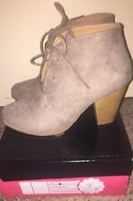 Taupe Suede Chunky Heel with Shoelace, Size 9 in Women's