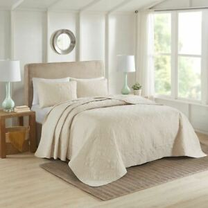 Luxury 3pc Cream Quilted Medallion Reversible Bedspread  AND Decorative Shams