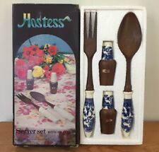 Vtg Materia 4 Pc Faux Wood Blue Willow Ceramic Handle Server Set + Shakers Boxed