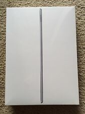 Apple iPad Pro 256GB, Wi-Fi, 12.9in - Gold (2nd Generation)