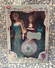 """NEW Disney Store Elsa Deluxe Singing Doll Frozen Princess Play Set Toy 11"""" Sings"""
