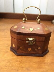 Beautiful Wooden Keepsake Box With Inlaid Brass Hearts 12cm To Top Of Handle