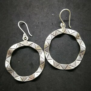 Fine Silver Earrings Sterling 925 Asian Artisan Tribal Theme Wave Round auctue