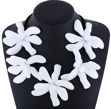MARNI H&M White Flower Pure Color Necklace