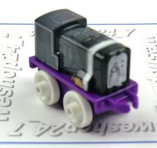 THOMAS & FRIENDS Minis Train Engine DC Super Friends Sidney The Penguin Weighted