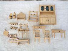 Altes Puppenstuben Möbel und Zubehör