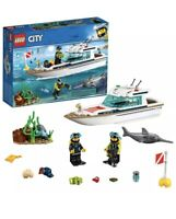 LEGO City Diving Yacht Ship Boat 60221 100% Complete Damaged Box