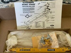 Athearn Husky Stack Car TTX AH5902 Gunderson Husky-Stack
