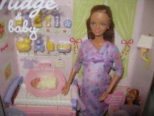 NRFB 2002 Happy Family Pregnant Midge & Baby - Barbie Mom & Baby Friend