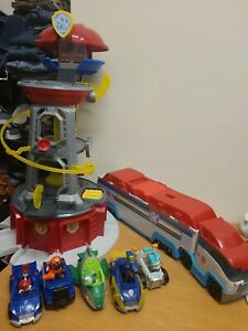Paw Patrol Lookout Tower With Transporter Vehicles and Figures