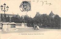 CPA 59 TOURCOING SQUARE DE L'HOTEL DE VILLE