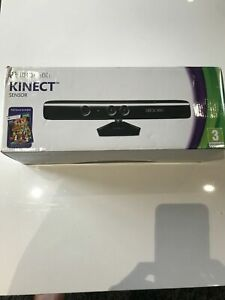 XBOX360 SENSORE KINECT +2GIOCHI +eventuali altri2 giochi XBOX 360 LEGGI
