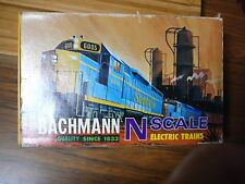 N Scale Model Train Set Bachmann #4306 Santa Fe Plastic Case NIB