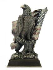Weißkopfseeadler mit US Flagge Adler Freiheitsstatue Statue of Liberty Figur Sku