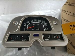 Genuine Toyota Land Cruiser 40 series Speedometer Km/h Gauge cluster 83100-60180