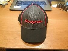 NEW Snap On Black w/ Red Embroidery /Gray Mesh Fitted Flex Fit Ball Cap Hat