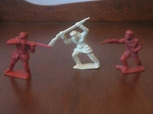 Marx 1950s Fort Apache Stockade lot of 3 Revised 60MM Pioneers