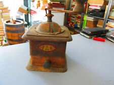 "Antique Mill - FB "" Three Spade "" - Grinder Coffee - Iron and Wood"