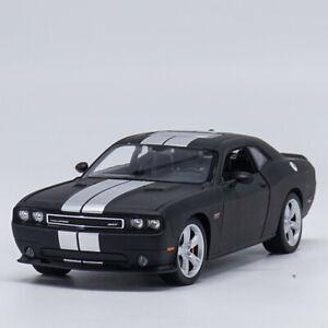 Welly 1:24 2012 Dodge Challenger SRT Diecast Model Sports Racing Car Matte Black
