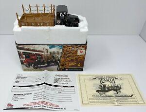 2001 ERTL 1918 TEXACO MACK AC BULLDOG FLATBED TRUCK IN BOX NOS