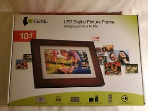 GIINII GHA13P 10.1'' Digital Picture Frame  2 GB Memory