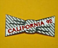 Pin's lapel pin pins CALIFORNIA 92 Tête Statue de la Liberté of Liberty stylisé