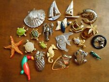 22 piece Brooch Lot Vintage To Now Turtles Boats Frogs Pineapples Fish Seahorse