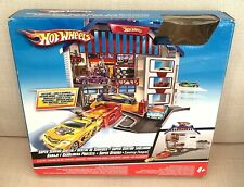 HOT WHEELS Deluxe Super Service Center Centre Fold Out Playset & 4 X HW Cars