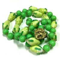 Vintage RETRO Lime Green Glass PEAR Beaded Necklace Lucite Mid Century  EE87e