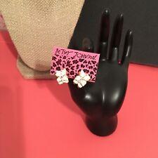 Too Cute White Crystal Rhinestone+ Painted Enamel Floral Earrings