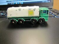 LESNEY MATCHBOX NO.32  BP Petrol Tanker