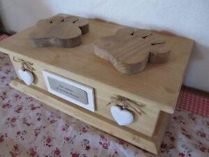 Tierurne Box Pfoten bis 25 kg Urne Holz massiv Alu Katze Hund Text Name neu