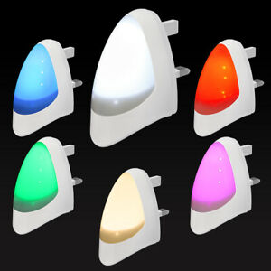 Automatic LED Night Light Plug in Energy Saving Dusk 2 Dawn Sensor Multicolour