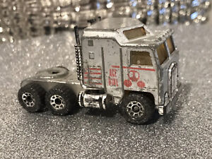 MATCHBOX 1981 KENWORTH MADE IN ENGLAND BY LESNEY