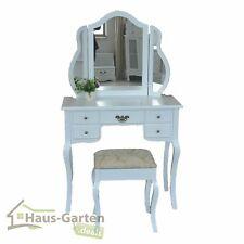 Möbel im Landhaus-Stil fürs Schlafzimmer