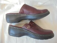 New Clarks Collection Brown Leather Mules Slides w/ side accents SZ Women's 10