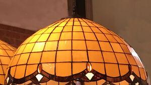 HONEY BEIGE TIFFANY STYLE TABLE LAMP LEAD LIGHT - WILL SHIP AUSTRALIA WIDE