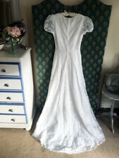White floral lace French vintage a line wedding dress UK 6 - 8 by Pronuptia