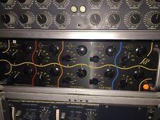 Oreille 825Q Esoteric Audio Research Stéréo Mastering Equalizer/825 EQ