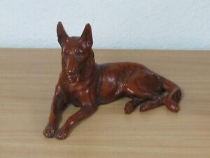 Grosse Hundefigur Porzellan /Keramik ? Alt